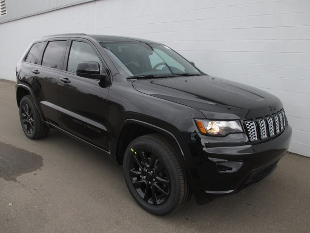 new 2018 jeep grand cherokee altitude sport utility in white lake jc152020 szott m59 chrysler. Black Bedroom Furniture Sets. Home Design Ideas