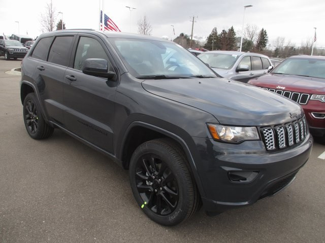 New 2018 Jeep Grand Cherokee Altitude Sport Utility In White Lake