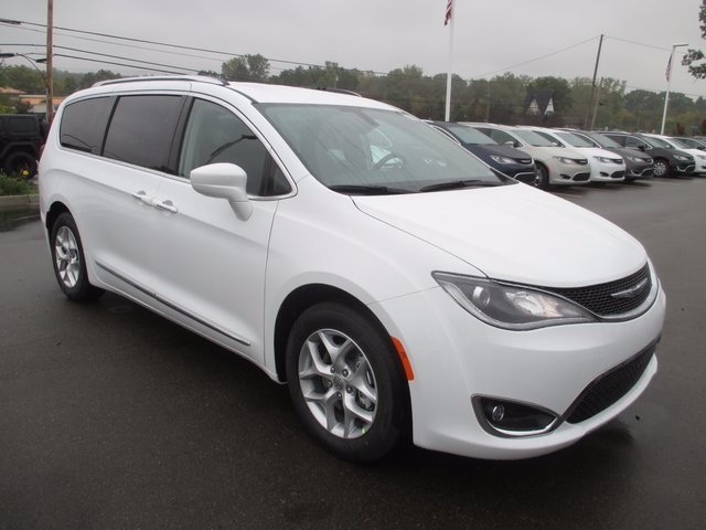 New Chrysler Pacifica In White Lake Szott M Chrysler Jeep - 2017 pacifica invoice
